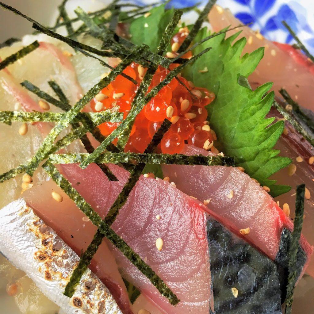 宗像大社近く「潮の里」海鮮丼