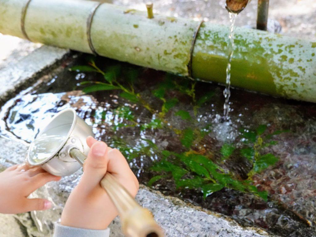 八幡西区市瀬の鷹見神社の御手洗