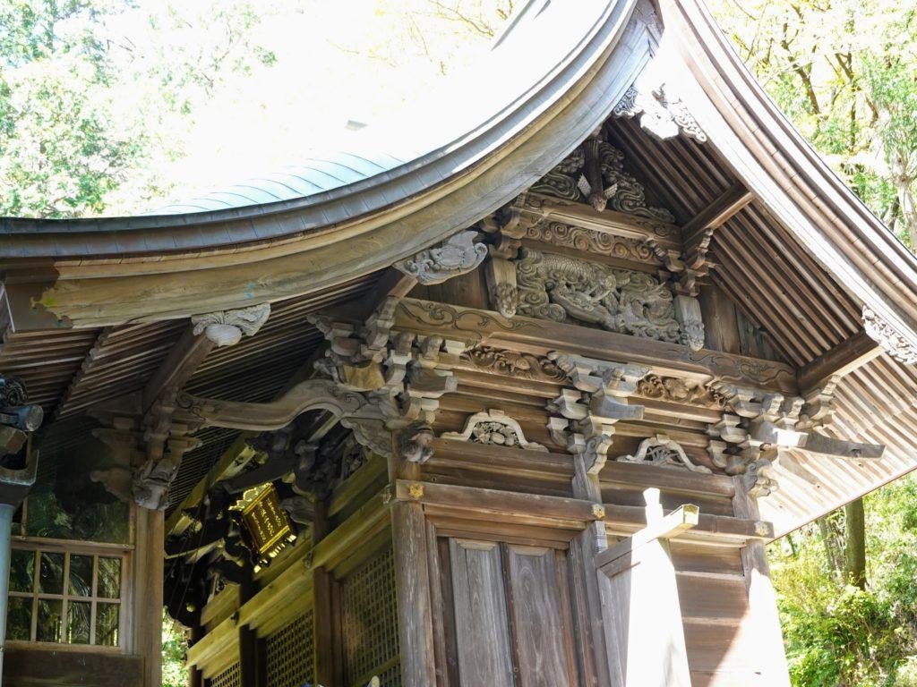 八幡西区市瀬の鷹見神社の社殿