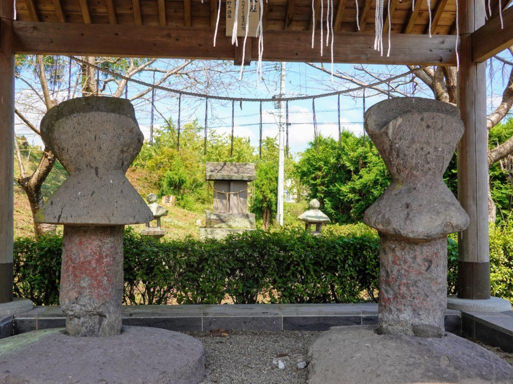 臼杵神社、九州最古の石人