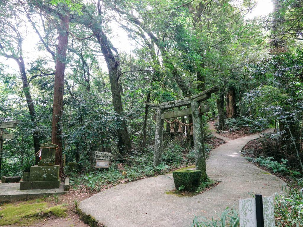 臼杵石仏 日吉神社