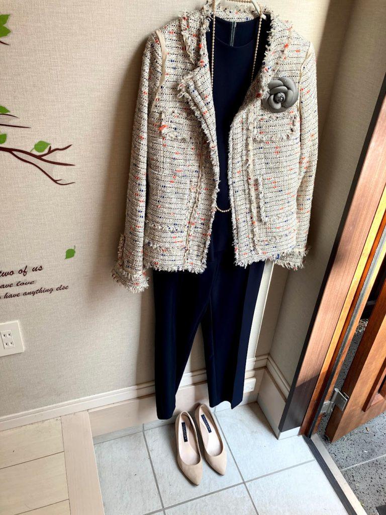 40代母の入学式コーデ パンツ セットアップ ネイビー
