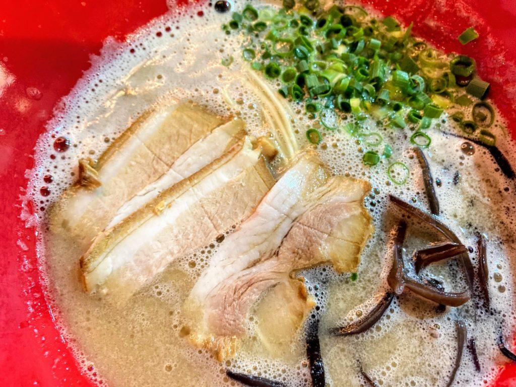上毛IC近く「まるしんラーメン」で本格濃厚豚骨 湯の迫温泉・太平楽